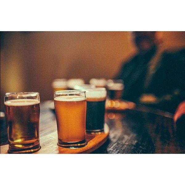 Stemningsfyldt ølsmagning hos Highlanders Bar