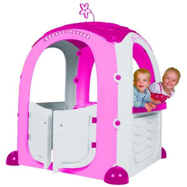 Lyserødt legehus til børn